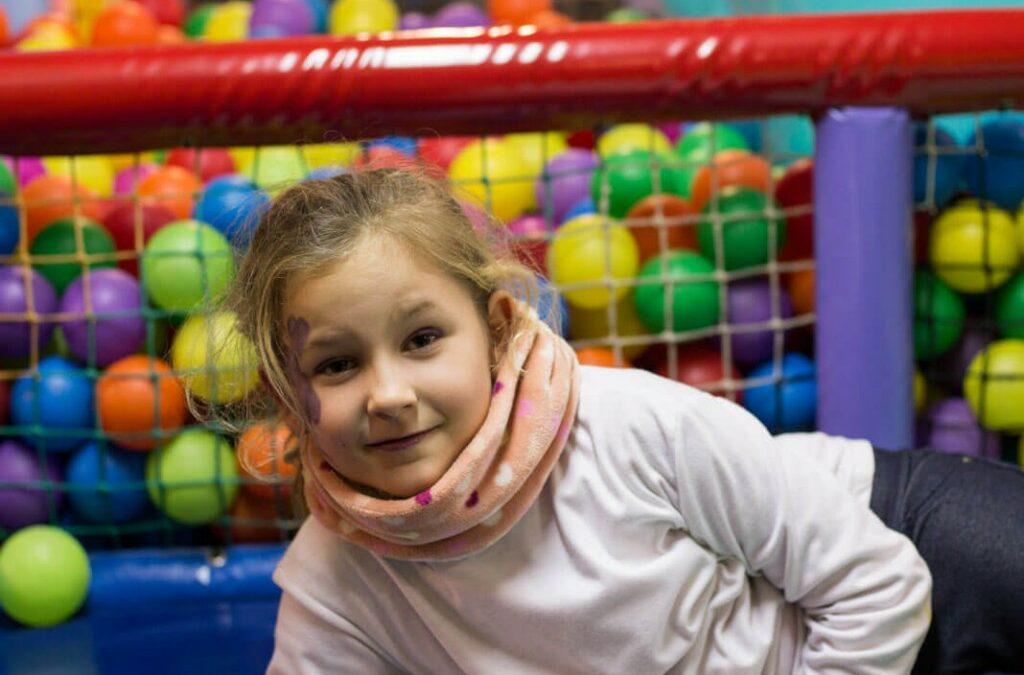 Trae a tus hijos en invierno a divertirse al parque infantil